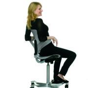 H� Capisco Puls 8010 Sitting